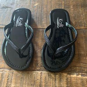 Kali Toddler Sandals Sz 7